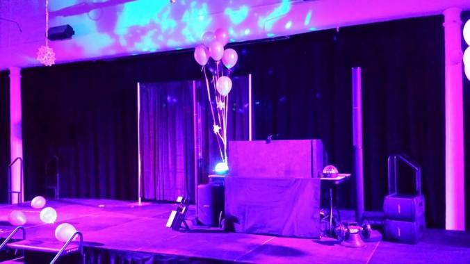 DJ set up the Geisel School of Medicine at Dartmouth Annual Winter Formal. Features 2 Bose L1 Systems and lighting set up